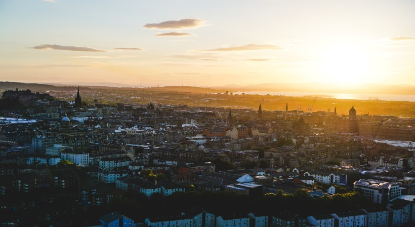 Edinburgh city credit Robert V Ruggiero Unsplash