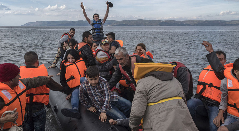 Syrian Refugees reaching Greece credit Ggia