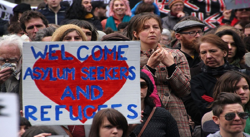 Welcome asylum seekers credit Takver Flickr